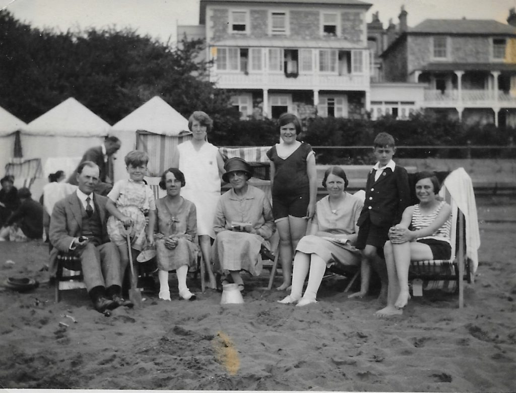 The whole Morgan family - probably Summer 1930