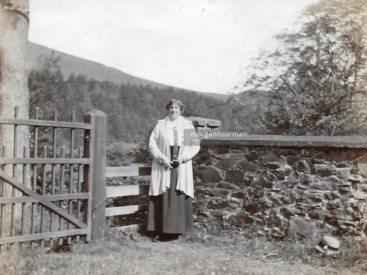 Ida Downing in about 1917