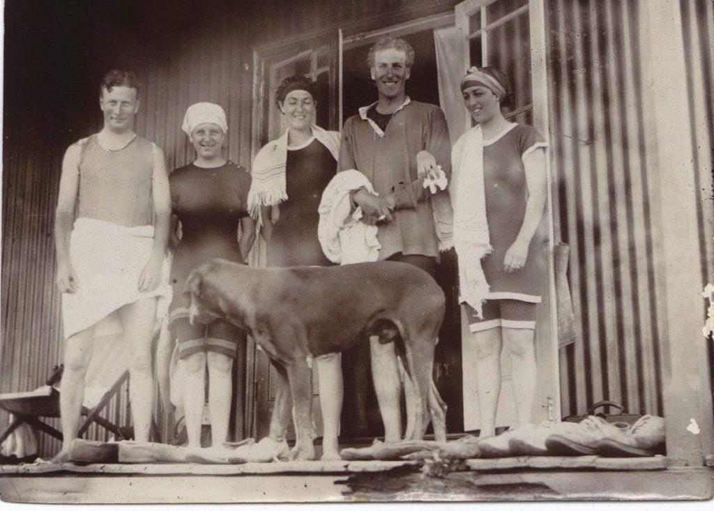 On the cottage verandah - Wilmot, Jaynie, Mrs Roy, Alistair and Mrs Jim, Umkomaas, 1914