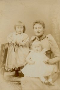 Molly, Wilmot and Florence Evans, c. 1891. Photo by Bennett Clark, 74 Darlington St, Wolverhampton