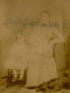 Molly, Wilmot and Florence Evans, c. 1891. Photo by Bennett Clark, 74 Darlington St, Wolverhampton