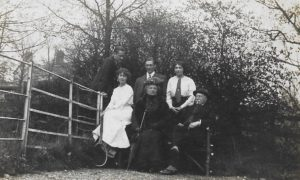 ?, Molly, Ernie?, Florence, Fiffy and Henry, The Lawn, c. 1914