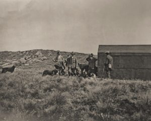 W.E. Downing (in the centre). Shooting at the Beacon, c. 1910
