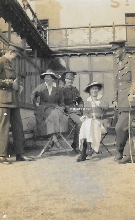 Capt Townshend, Daisy Walker, Ladas Hassell, Molly and Wilmot, Jersey, 1915