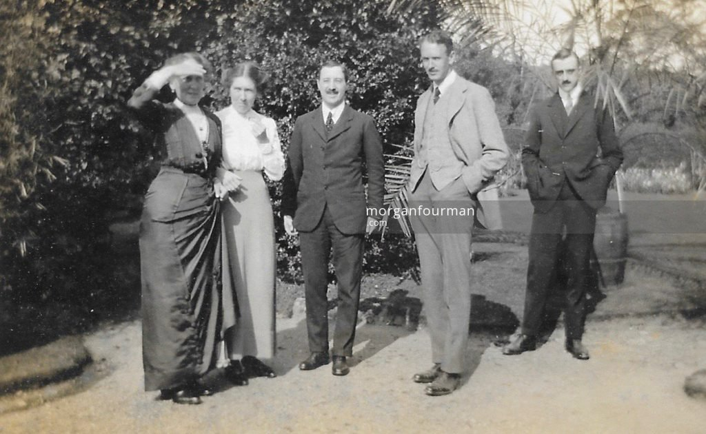 """Broadway Sunday"" in the Hatton's garden. Mrs Hatton, Daisy (& peach), Jack French, Howard [Hatton], and Mr Mower-Williams who is really a good bit taller than Howard and very good looking to boot!"