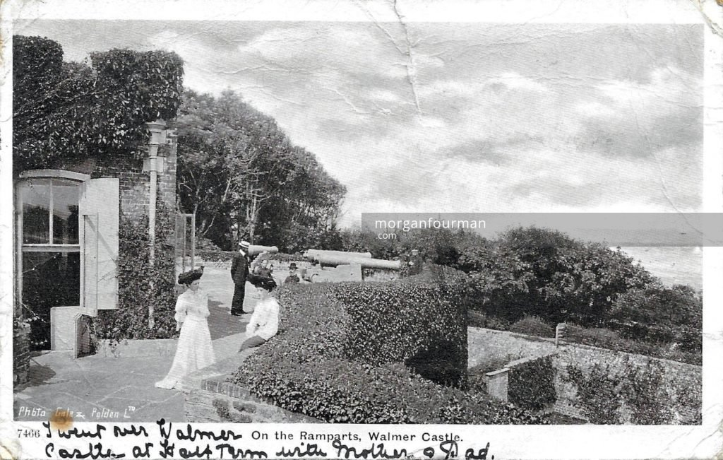 On the Ramparts, Walmer Castle. Edith Mathews to Molly Evans postcard, Beach Court, Walmer, 27 Nov 1905