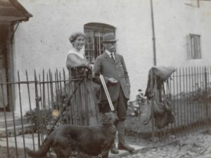 Ratlinghope, c. 1917; Hannah Pitt and William Edmund Downing