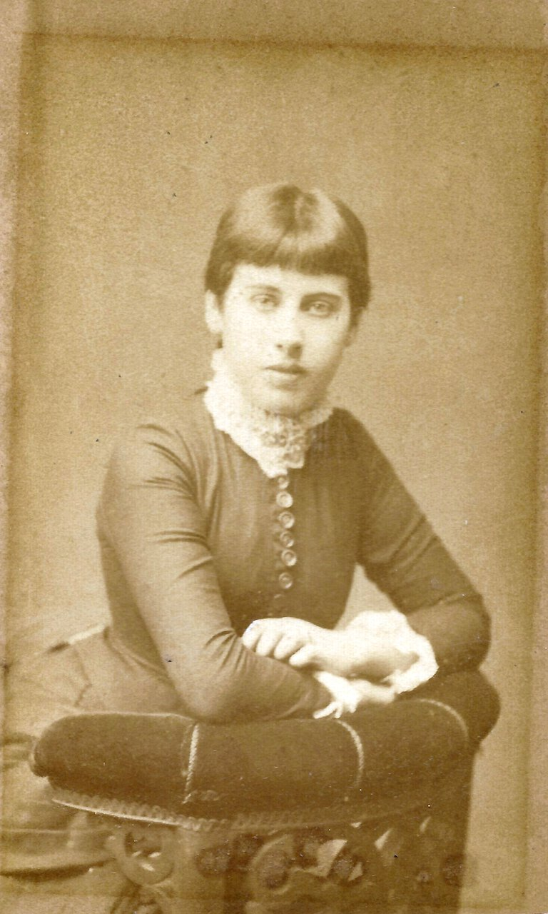 (Possibly) Fanny Downing, c. 1879. Photo by Robert W. Thrupp, 66 New Street, Birmingham