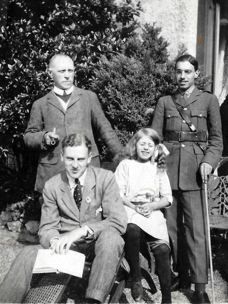Fanny Downing's family, c. 1916