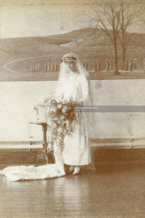 Aileen Moriarty, wedding to the Church, 1923