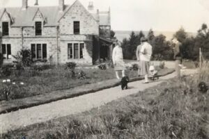 Garden side of Edinglassie Lodge, Sep 1927